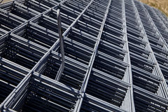 steel-concrete-reinforcing-wire-closeup-rebar-mesh-construction-building-industry-69586451.jpg