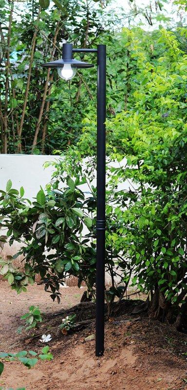 garden light s.jpg